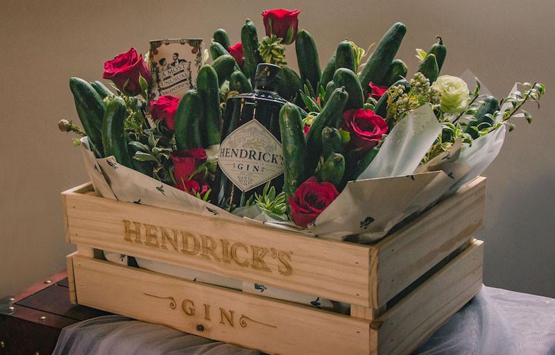 Menangkan Hati Pasangan dengan Bunga dan Puisi di Hari Kasih Sayang - JPNN.com