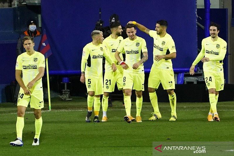 Luis Suarez Tokcer, Atletico Madrid Menang, Kukuh di Puncak Klasemen - JPNN.com