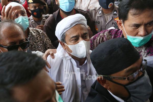 Hari Ini Ada Sidang Perdana Praperadilan Habib Rizieq Lagi, Pengacara Minta Pertolongan Allah - JPNN.com