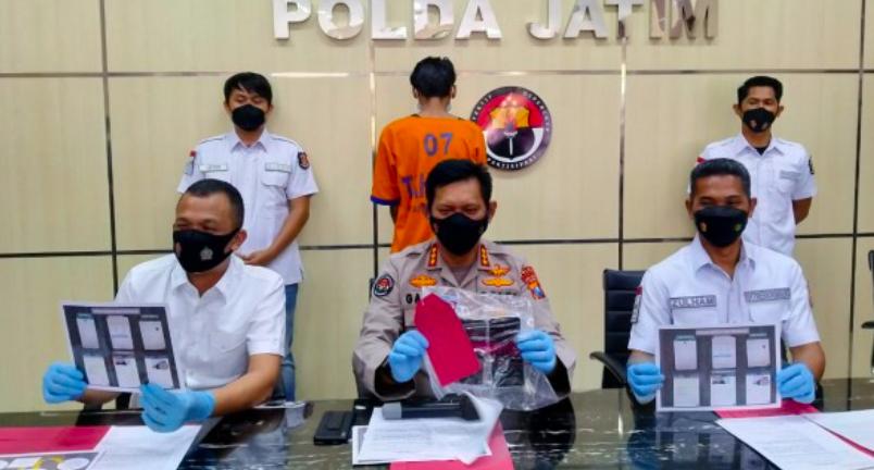 Pintu Kamar Hotel Diketuk, Ups Ada Gadis 15 Tahun sedang Main dengan Om Hidung Belang - JPNN.com