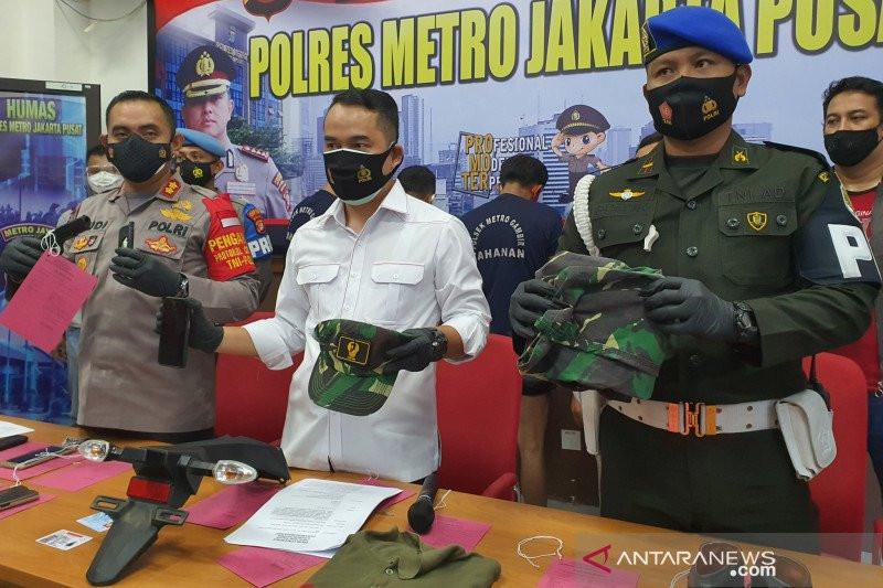 Paspampres Palsu Diringkus Polisi, Dia Punya Senjata - JPNN.com