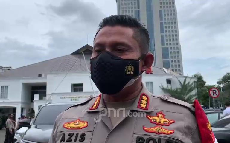Polisi Bakal Tes Kejiwaan Pelaku Asusila di Jok Motor Milik Wanita - JPNN.com