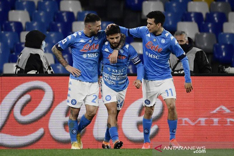 Napoli Menyodok ke Peringkat 4 Setelah Taklukkan Juventus - JPNN.com
