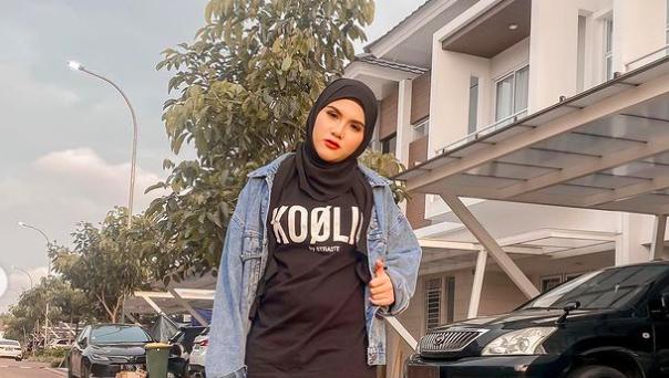 Mantan Istri Aming Makin Cantik setelah Memutuskan Berhijab - JPNN.com