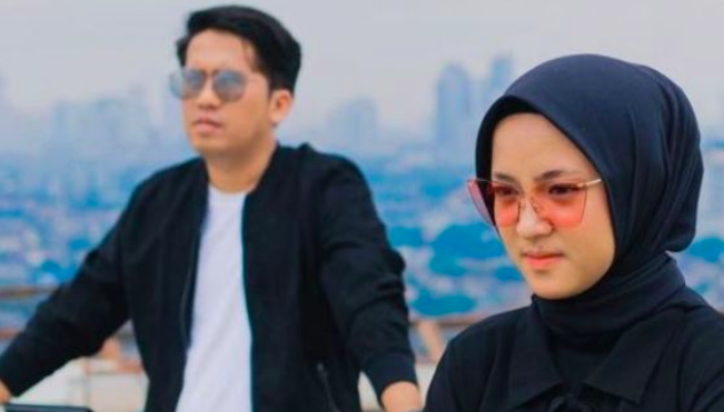 Ririe Fairus Tinggalkan Rumah Sejak Gugat Cerai Ay