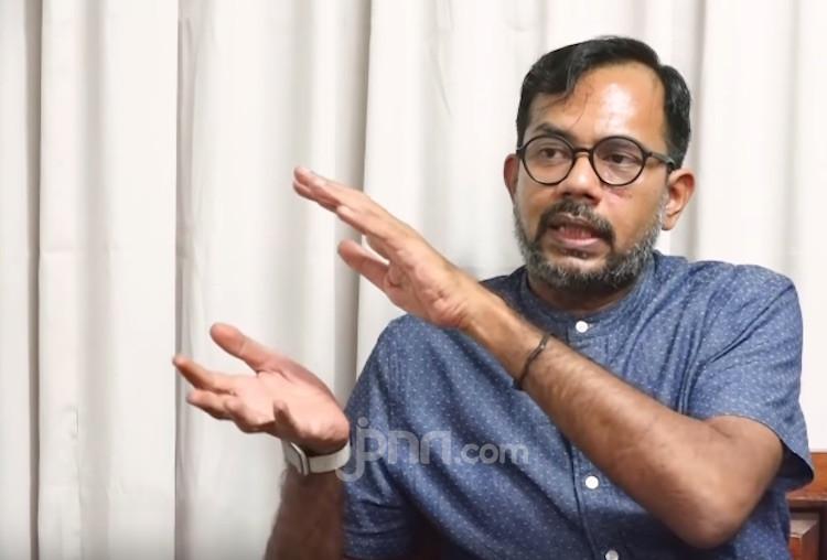 6 Laskar FPI Tewas jadi Tersangka, Haris Azhar: Kain Kafan Diadili? - JPNN.com