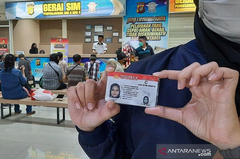 Mengenal Aplikasi Sinar, Bikin SIM Baru Cuma Lewat Hp - JPNN.com