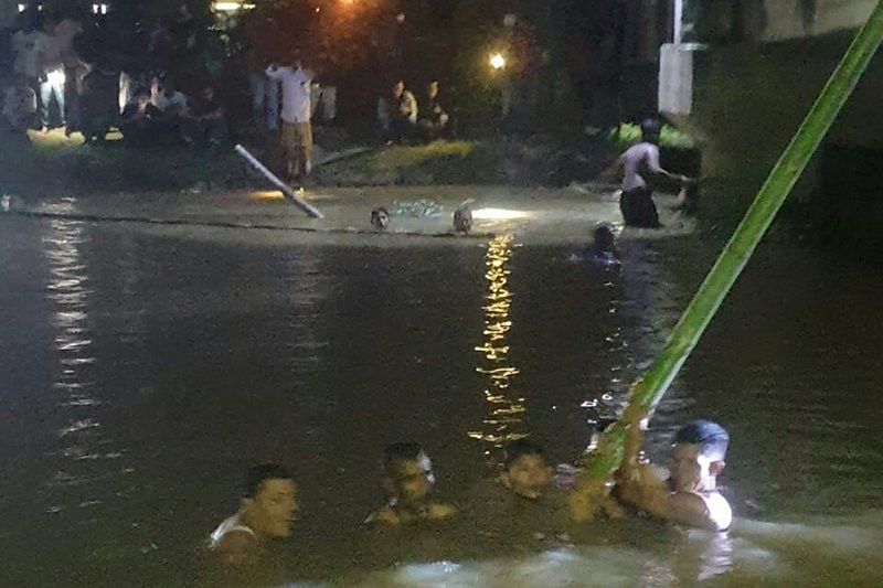 Seorang Anak Tenggelam Saat Mencari Kerang, Tim SAR Gabungan Bergerak - JPNN.com