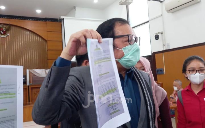 Penangkapan & Penahanan Habib Rizieq Dinilai Cacat Hukum, Pengacara Tunjukkan Bukti - JPNN.com