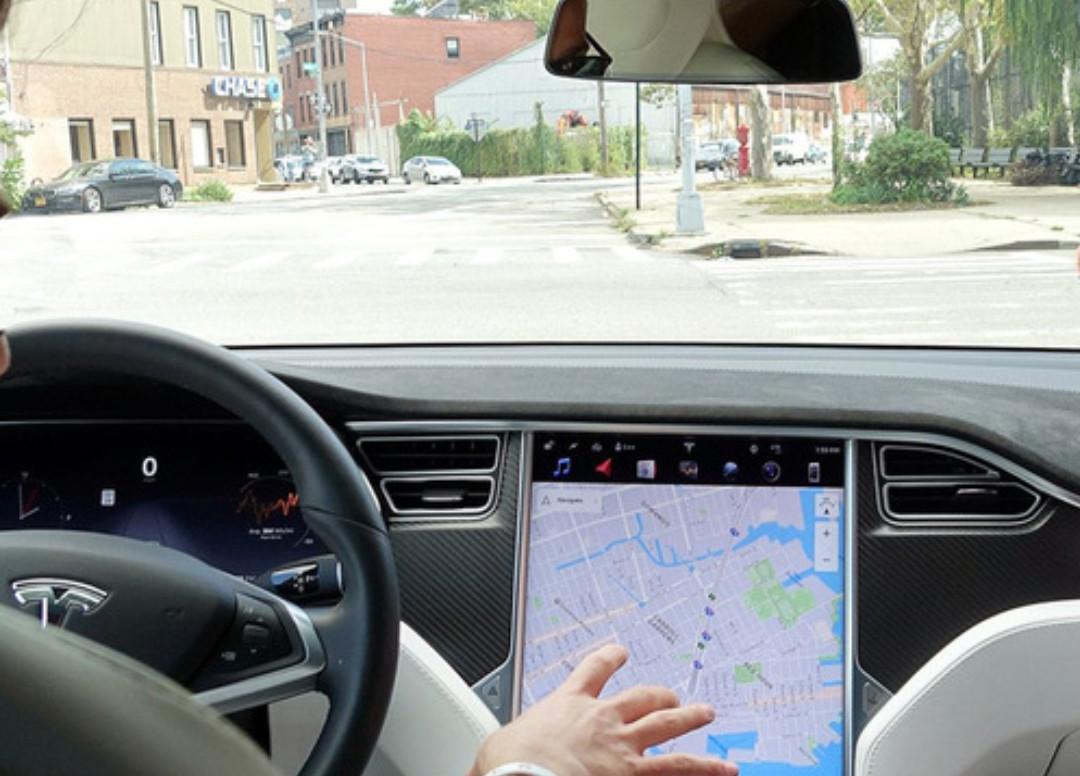 Kaca Film Bisa Mengirit Energi di Mobil Listrik? Simak Nih Penjelasannya - JPNN.com