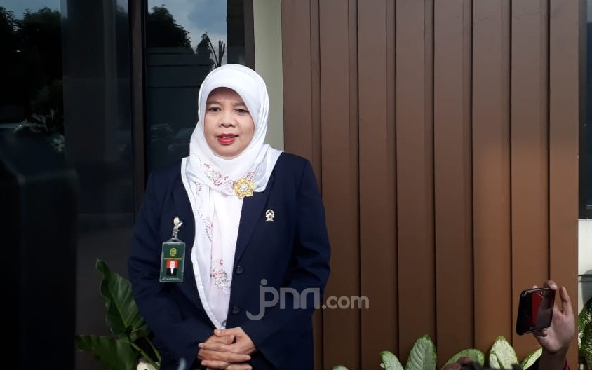 Gugat Cerai Suami, Wulan Guritno Tak Tuntut Harta Gana-Gini - JPNN.com