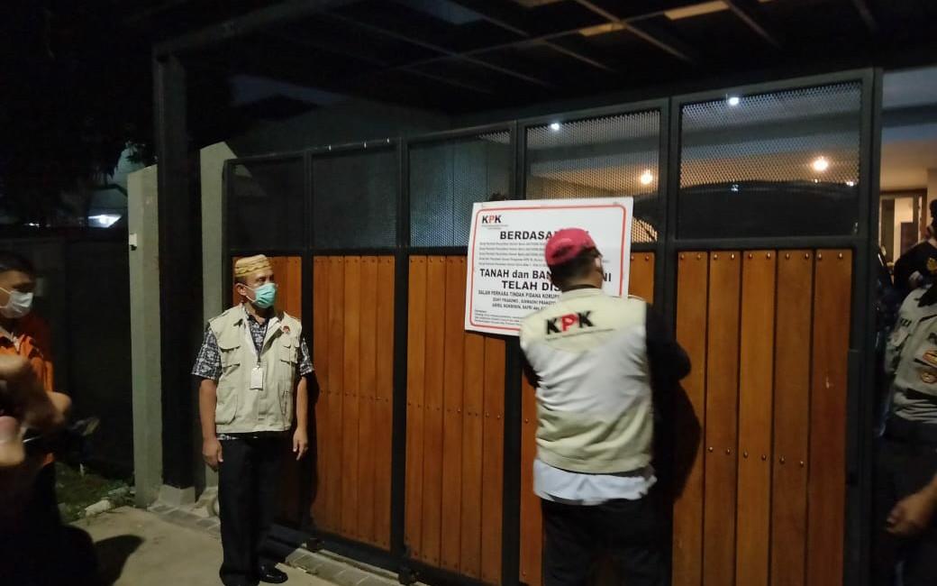 Andreau Pribadi Kecipratan Duit Lobster, Beli Mobil Mewah sampai Cincin Berlian untuk Devi - JPNN.com