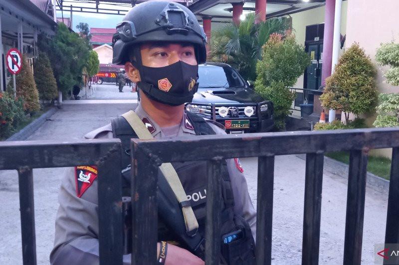 Kontak Tembak TNI-Polri dengan MIT, 1 Personel Brimob Polda Sulteng Gugur - JPNN.com