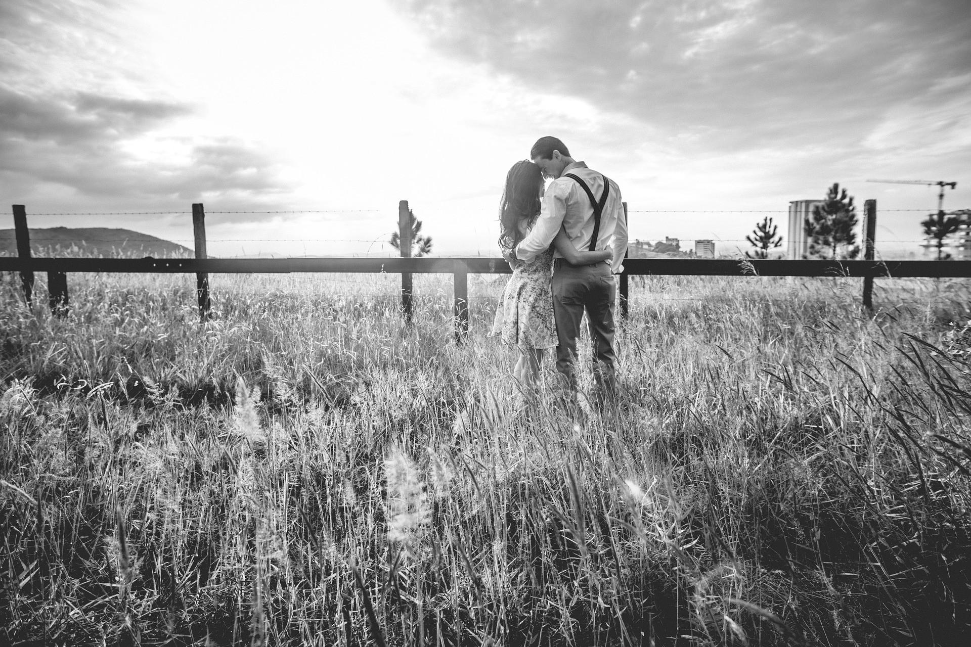 Ingin Pasangan Tidak Melirik Wanita Lain, Ketahui 3 Langkah Memuaskan Dia - JPNN.com