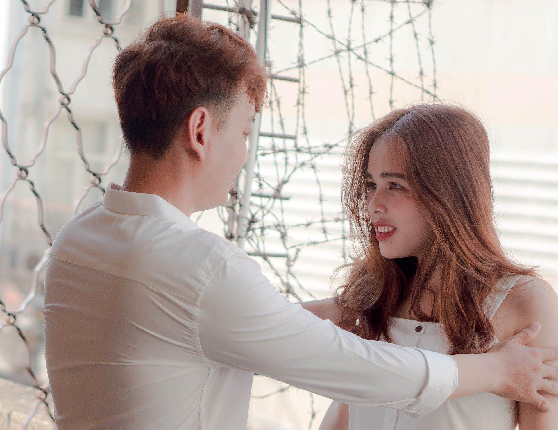 5 Tanda Jelas Hubungan Anda dan Dia Menjadi Hambar - JPNN.com
