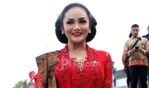 Meilia Lau Murka Anaknya Dicampakkan Kaesang, Komentar Krisdayanti Jadi Sorotan - JPNN.com