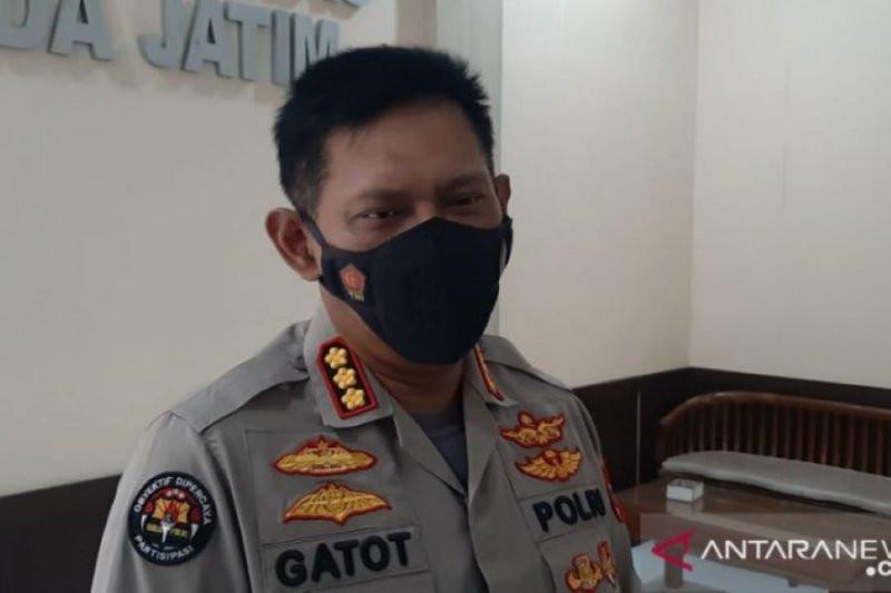 Tim Mabes Polri dan Polda Jatim Amankan Sejumlah Oknum Polisi Diduga Terlibat Narkoba - JPNN.com