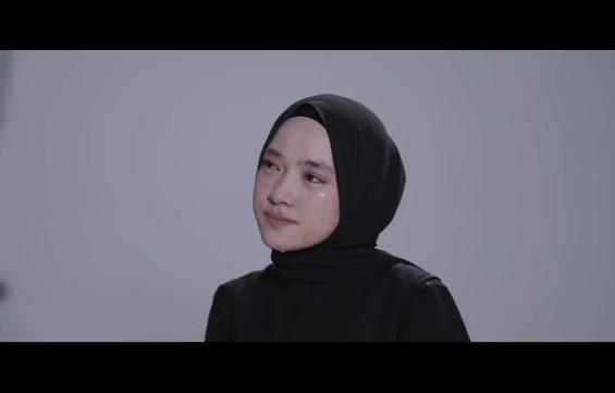 Nissa Sabyan Menangis Dalam Video Klip, Begini Tanggapan Mantan Istri Ayus - JPNN.com
