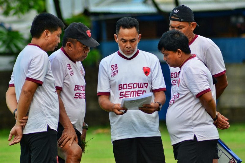 Inilah Alasan Zulham Zamrun Tak Berangkat Bareng Tim ke Malang - JPNN.com