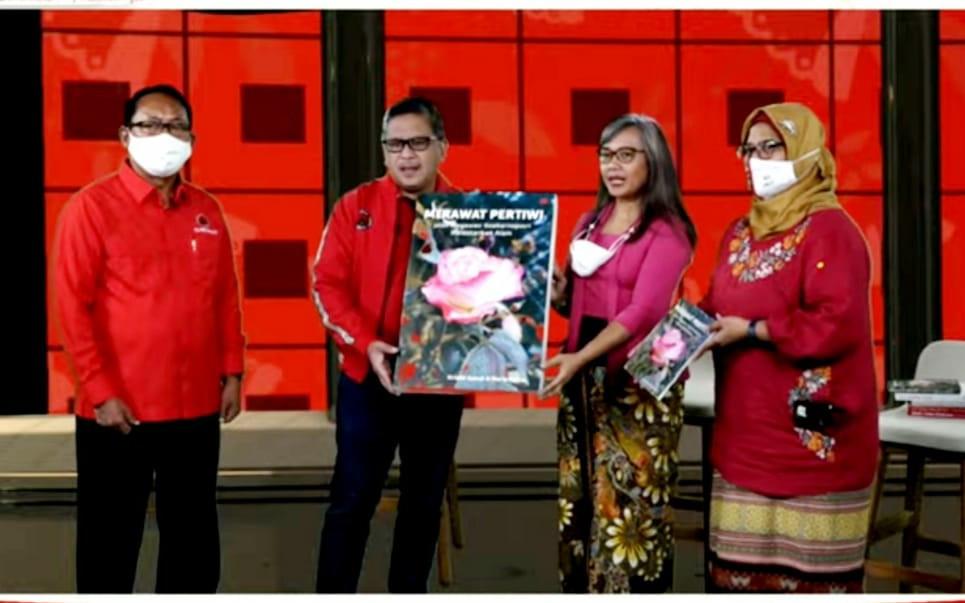 Melalui Buku Merawat Pertiwi, Sosok Lain Megawati Terkuak - JPNN.com