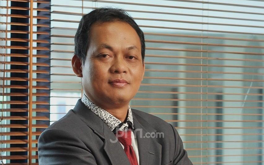 Jozeph Paul Zhang Tersangka Penista Agama, Simak Respons Suparji Ahmad - JPNN.com