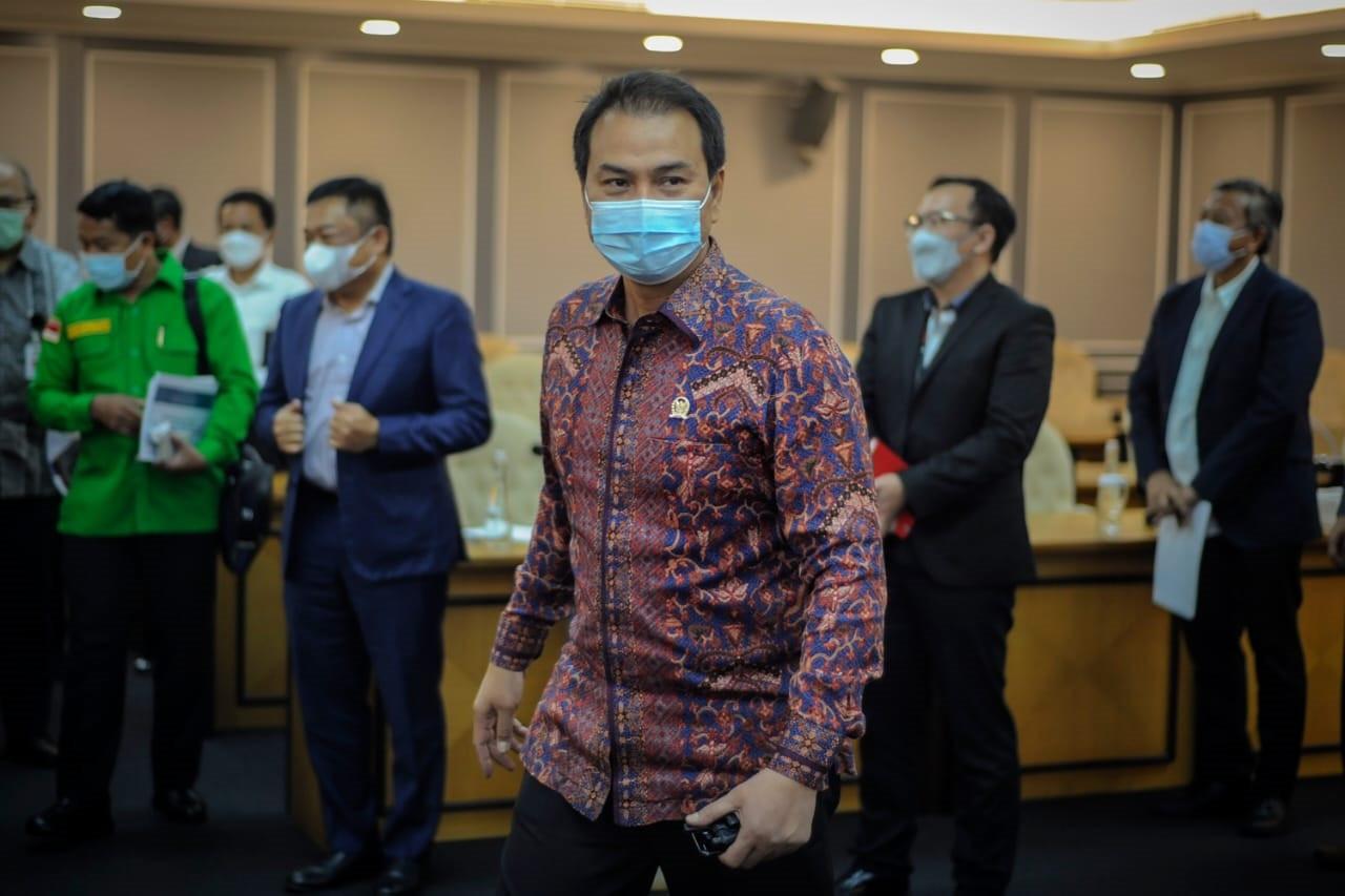 Konon Pimpinan DPR Belum Dapat Undangan Menghadiri Pelantikan Menteri Baru - JPNN.com
