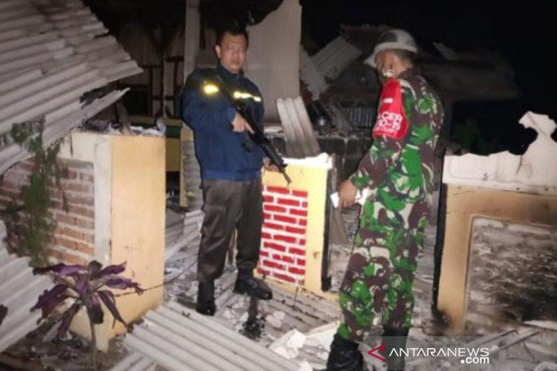 Seorang Guru Ngaji di Garut Jadi Tersangka, Rumahnya Dibakar, Kasusnya, Aduh - JPNN.com
