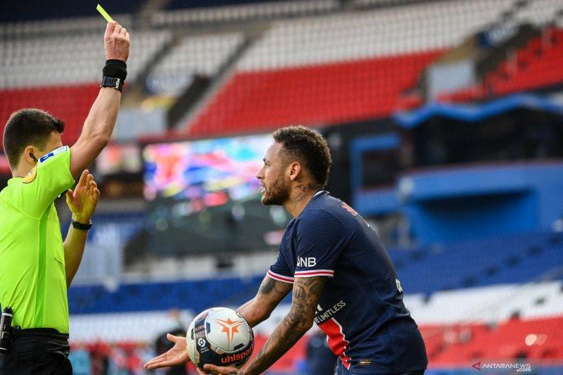 Neymar Dijatuhi Sanksi Larangan Bermain 2 Laga Karena Sikap Berlebihan - JPNN.com