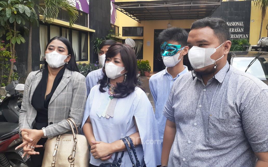 Trauma Jadi Korban KDRT, Yuyun Sukawati Tak Berani Pulang - JPNN.com