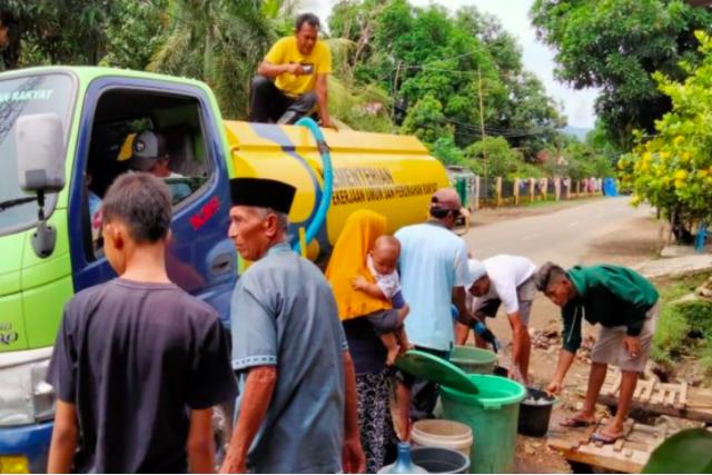 Kementerian PUPR Gerak Cepat Bantu Tangani Bencana Banjir di NTT dan NTB - JPNN.com