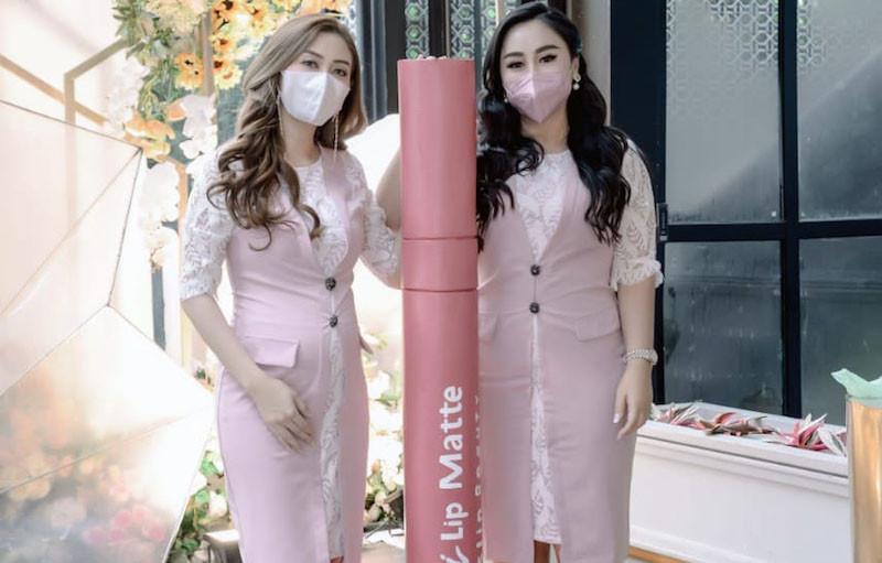 Lip Matte Lokal Maskproof Cocok Digunakan Saat Memakai Masker - JPNN.com