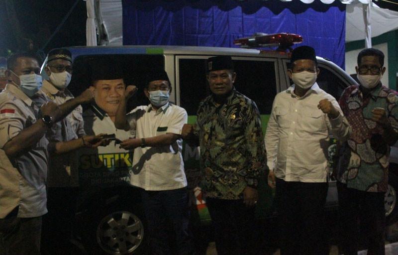 Sutikno: Semoga Ambulans PKB Bermanfaat untuk Warga - JPNN.com
