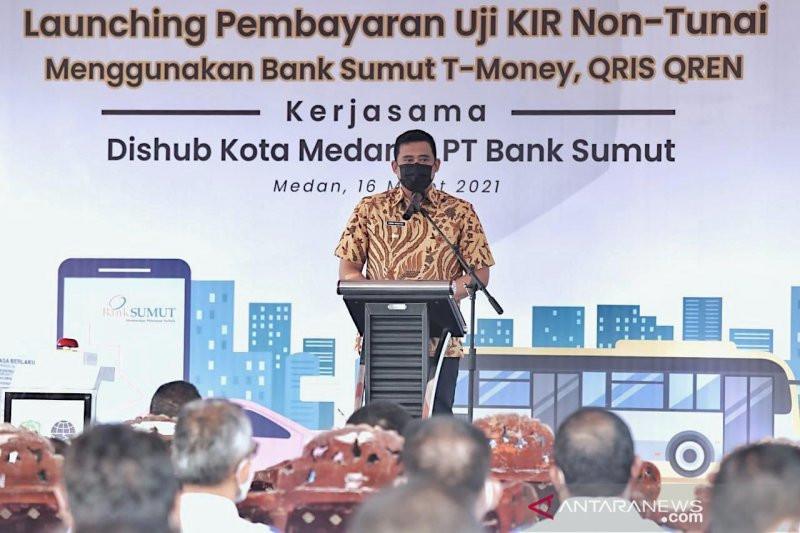Terobosan Bobby Nasution, Parkir Elektronik Pekan Pertama di Medan Raup Rp 10 Juta - JPNN.com