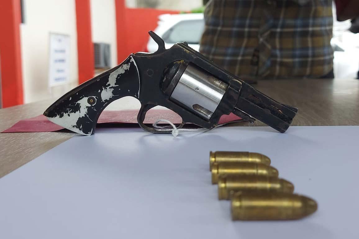 Pernah Dibegal, Tukang Ojek ke Mana-mana Bawa Senjata Api - JPNN.com