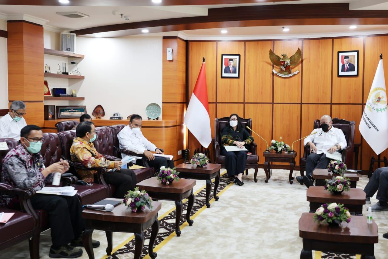 LaNyalla: Selangkah Lagi Tanah Surat Ijo Surabaya Tuntas - JPNN.com