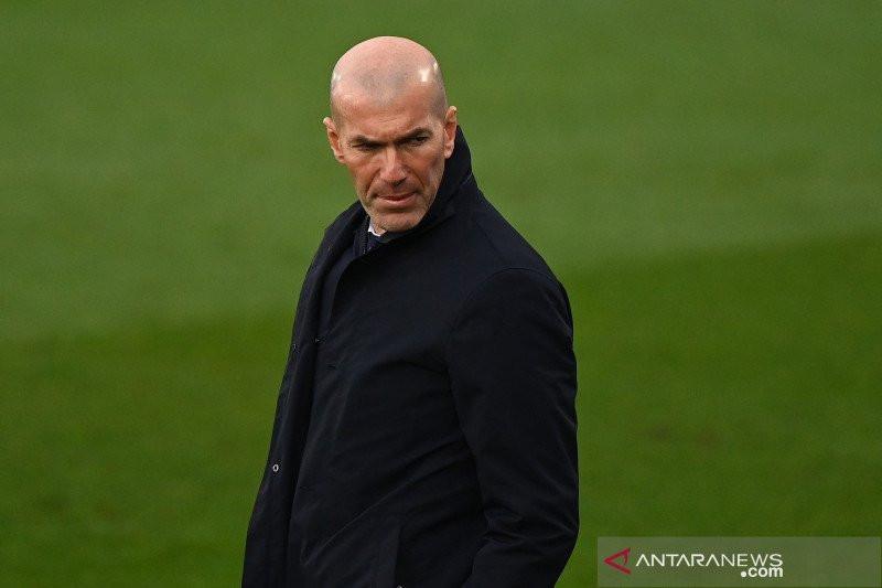 Zidane Ingatkan Para Pemain Madrid Setelah Taklukkan Liverpool - JPNN.com