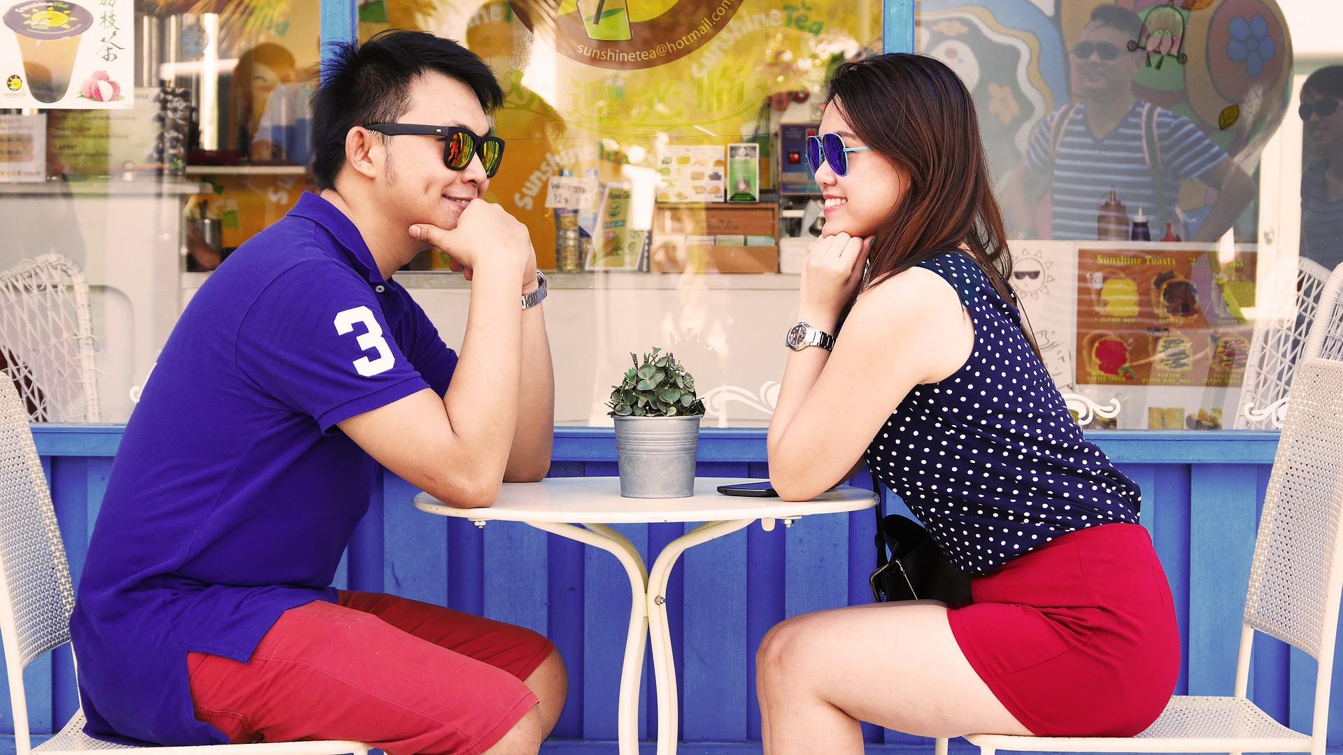 Ingin Tahu Berapa Besar Cinta Dia ke Anda, Perhatikan 5 Tanda Ini - JPNN.com
