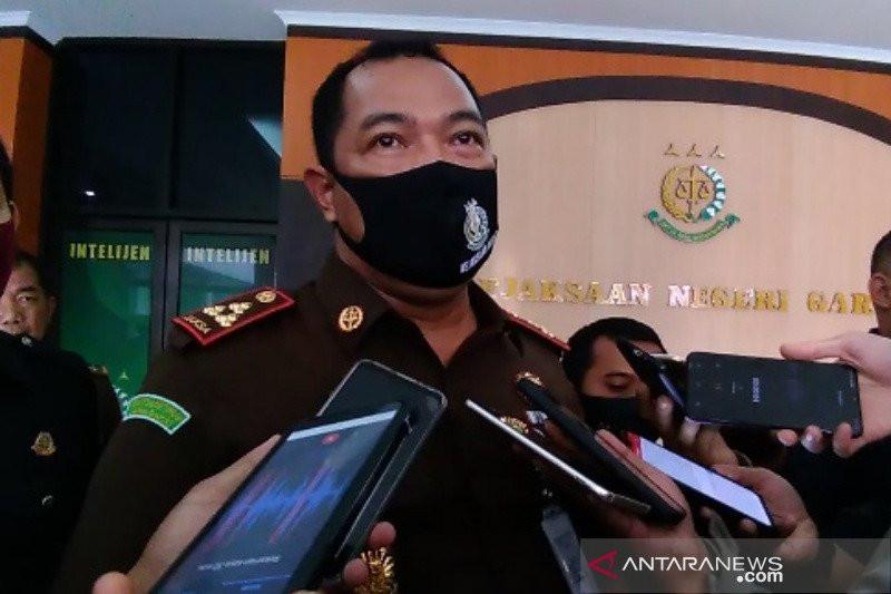 Pak Kades Menghilang setelah Mendapat Penangguhan Penahanan, Divonis 6 Tahun Penjara - JPNN.com