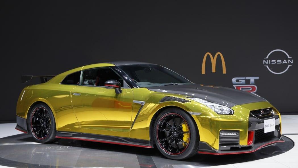 Hanya 1 Unit di Dunia, Nissan Luncurkan GT-R Nismo Edisi McDonald's, Harganya? - JPNN.com