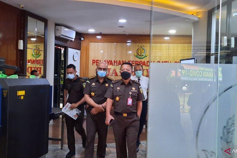 Kejaksaan Agung Sita Saham Benny Tjokrosaputro Rp 45 Miliar - JPNN.com