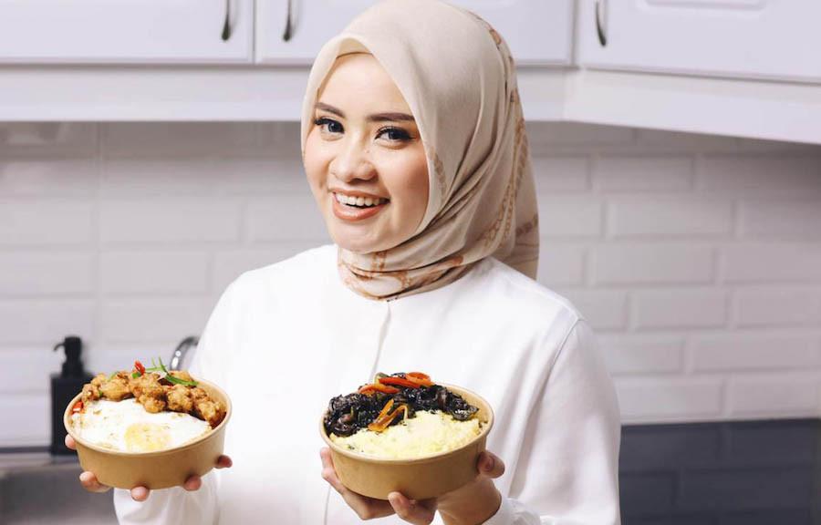 Nasi Cumi Tinta Hitam Ala Rima Anissa Jadi Favorit di Restoran Ini - JPNN.com