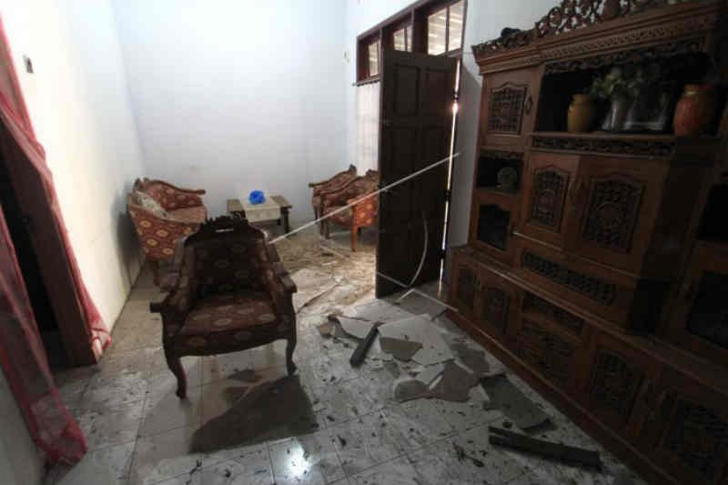 Rumah Warga yang Rusak Akibat Kebakaran Kilang Balongan Akan Diperbaiki - JPNN.com