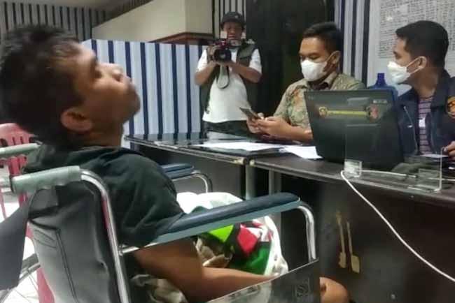 Erwin Sudah Ditangkap, Sekarang Terduduk di Kursi Roda, Terima Kasih, Pak Polisi - JPNN.com