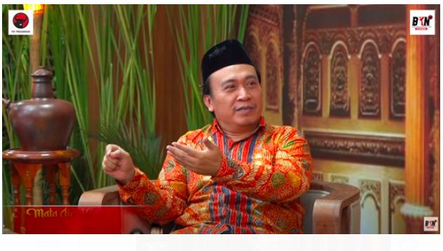 KH Ahmad Baso: Nasionalisme jadi Strategi Jitu Wali Sanga Merangkul Semua Kalangan - JPNN.com