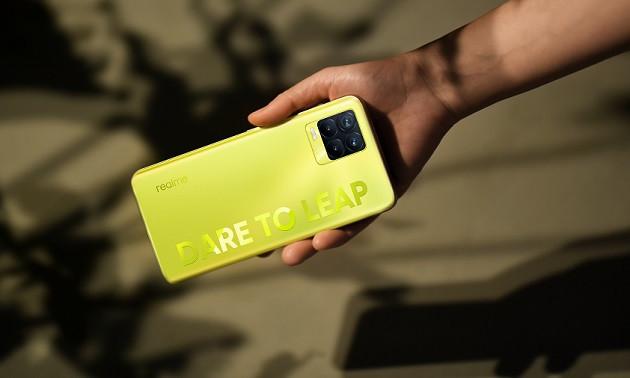 Realme 8 Pro dengan Warna Khusus Resmi Diluncurkan, Sebegini Harganya - JPNN.com