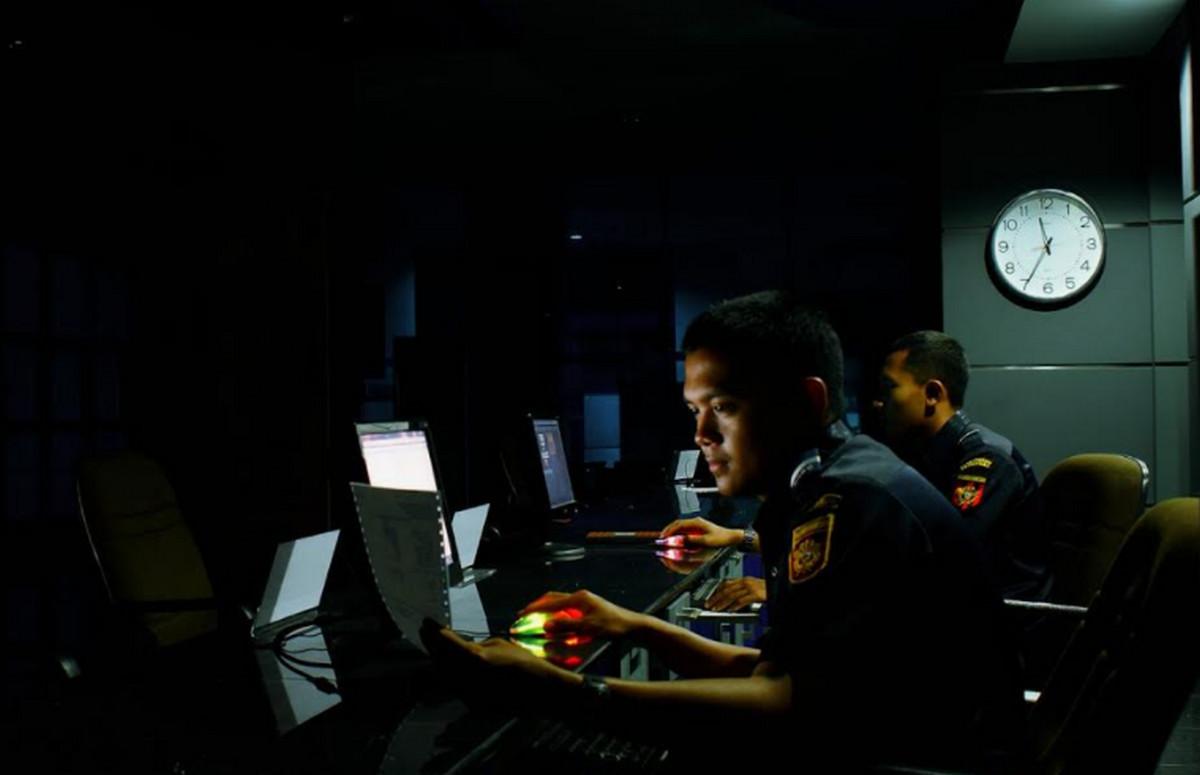 Bea Cukai Tetap Sosialisasikan Berbagai Aturan Lewat Radio, Ini Alasannya... - JPNN.com