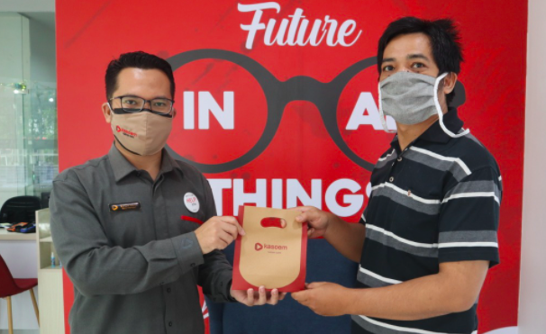 Tebar Kebaikan di Bulan Ramadan, Kasoem Vision Care Beri Kacamata Gratis - JPNN.com