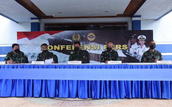 Dikabarkan Sakit Akibat Terkena Radiasi Kapal Selam, Begini Reaksi Kolonel Laut Iwa Kartiwa - JPNN.com