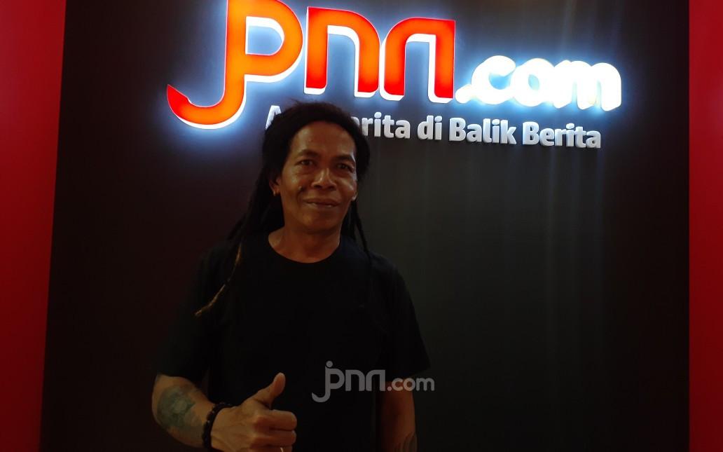 Diserbu Fans saat Syuting Video Klip, Cak Sodiq: Risiko Orang Ganteng - JPNN.com