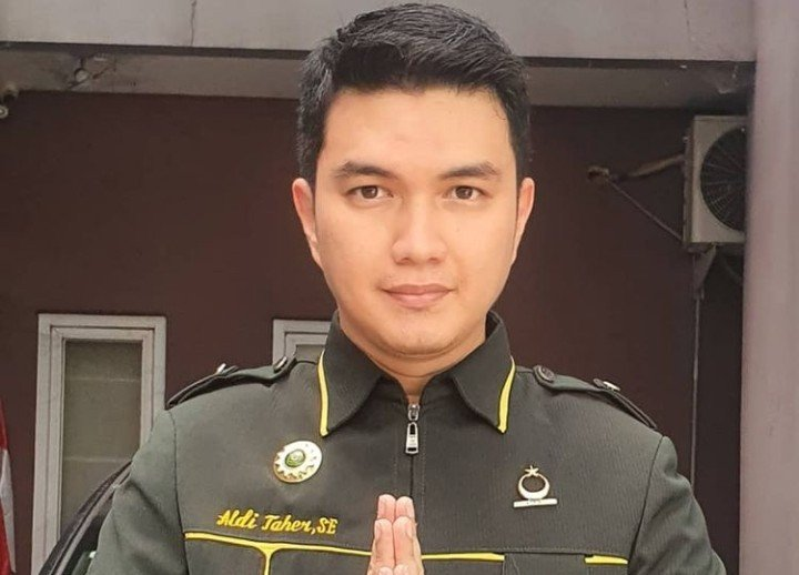 Bang Sapri Jatuh Sakit, Aldi Taher Bilang Begini - JPNN.com